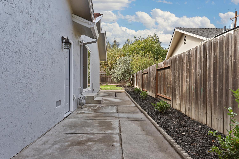 stockton-california-95207