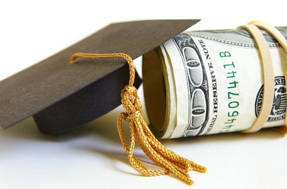 6 Tips To Help You Pay For College