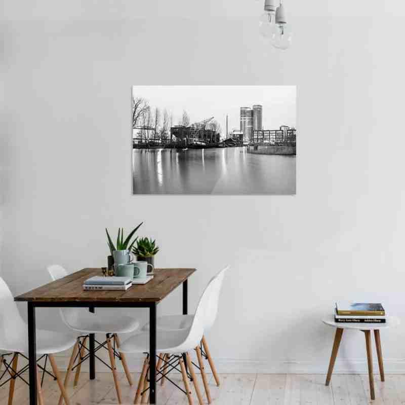 Fotoprint van de veilinghaven in Utecht in zwart wit   Deze opname is in de schemering gemaakt en dus eigenlijk een foto van utrecht in het donker   www.homeseeds.nl #art #foto #print #werk