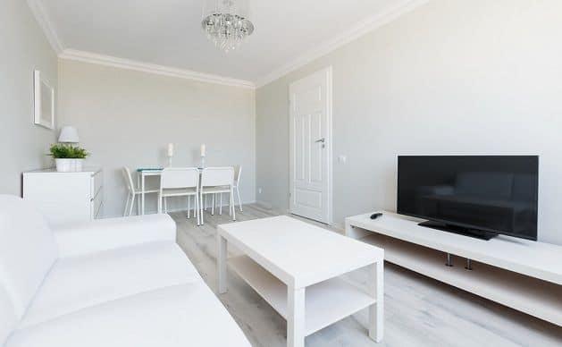 Lichte kleuren laten een ruimte groter lijken | 7 tips om een ruimte groter te laten lijken | www.homeseeds.nl