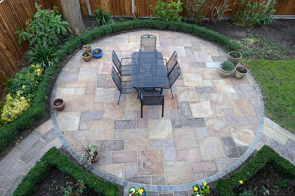 10 unique and crazy stone patio ideas