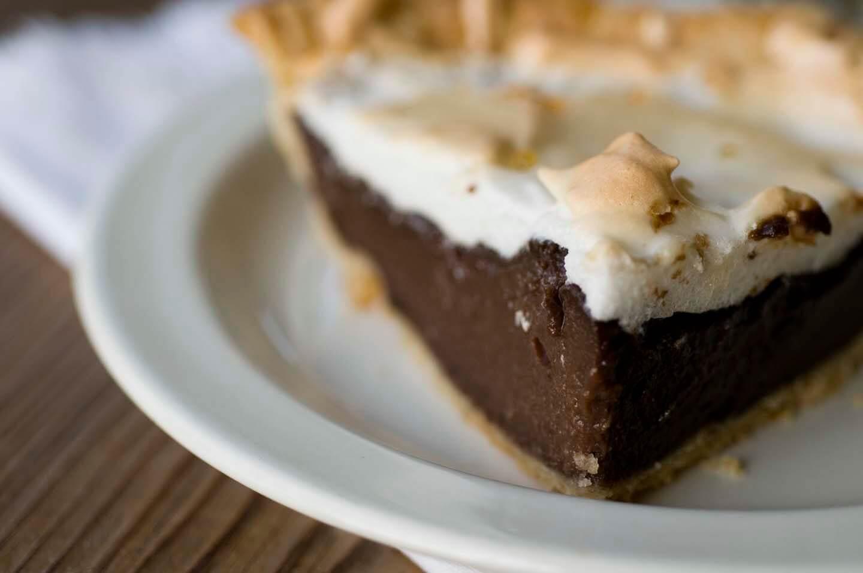Chocolate Meringue Pie With Condensed Milk