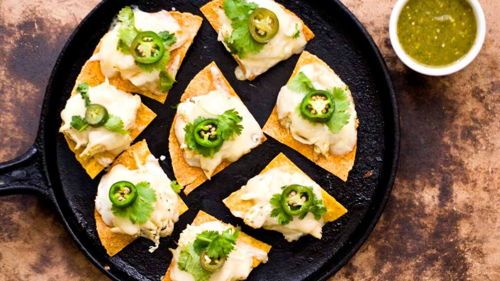 Sour cream chicken nachos with poblano salsa verde | Homesick Texan