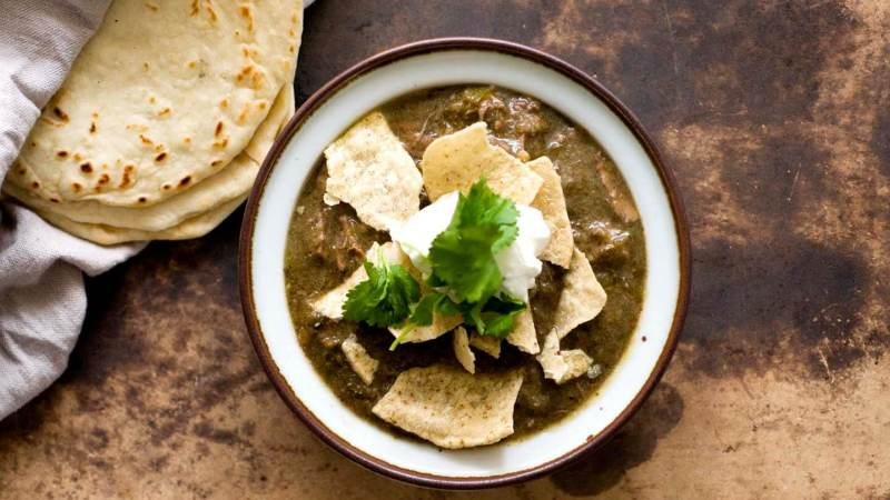 Chile verde con carne (beef green chili) | Homesick Texan