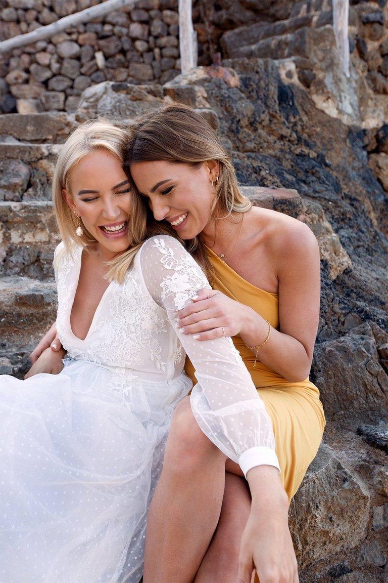 Petra Tungården släpper bröllopskollektion med Nelly