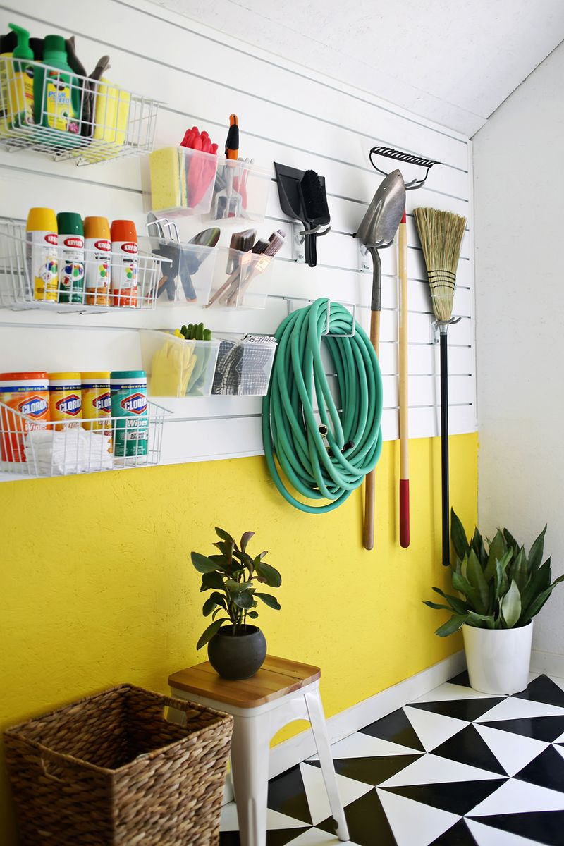 16 Brilliant DIY Garage Organization Ideas on Organized Garage  id=75941