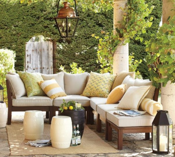 outdoor living patio furniture 20 Amazing Backyard Living Outdoor Room Ideas