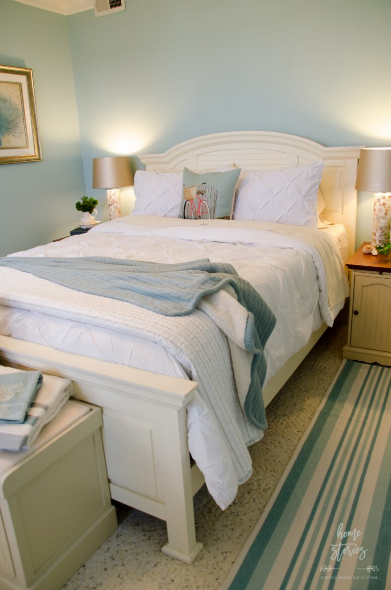 17 Bedroom Decorating Ideas and Tips on Simple Best Bedroom Design  id=49115