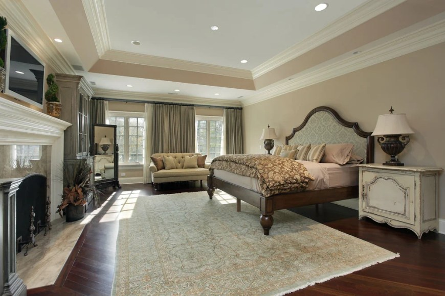 Master Bedroom (351)