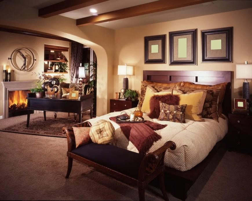 Master Bedroom (361)