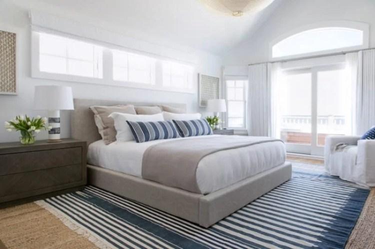 90 Beach Style Primary Bedroom Ideas Photos