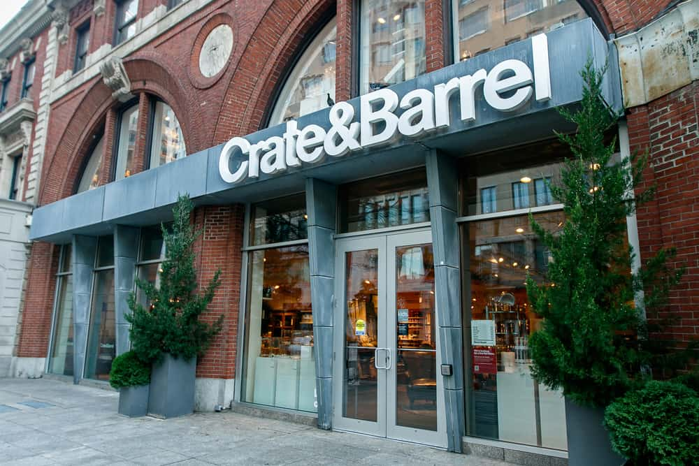 the history and rise of crate barrel on crate and barrel id=69945