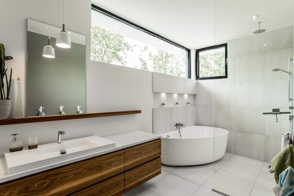 50 Sleek Modern Master Bathroom Ideas For 2019
