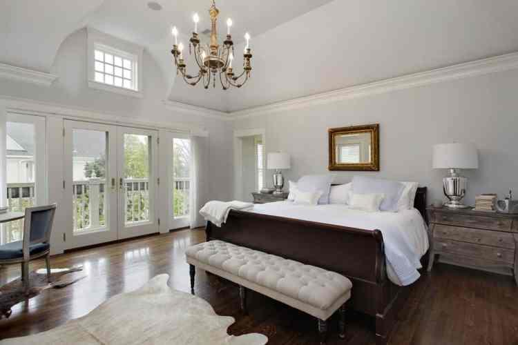 75 Primary Bedrooms With Hardwood Flooring Photos