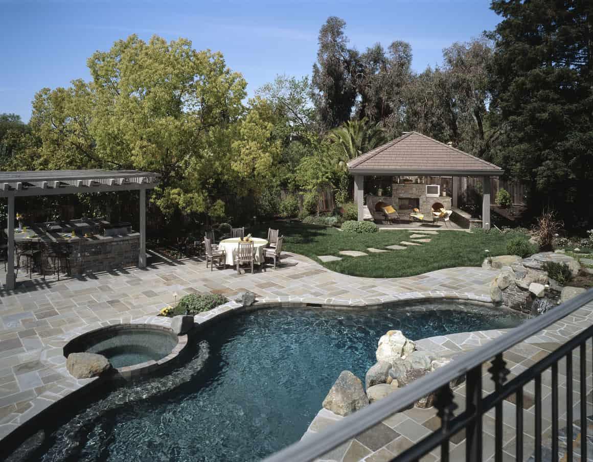 50 Swimming Pool House, Cabana and Pergola Ideas (Photos) on Small Pool Cabana Ideas id=80994