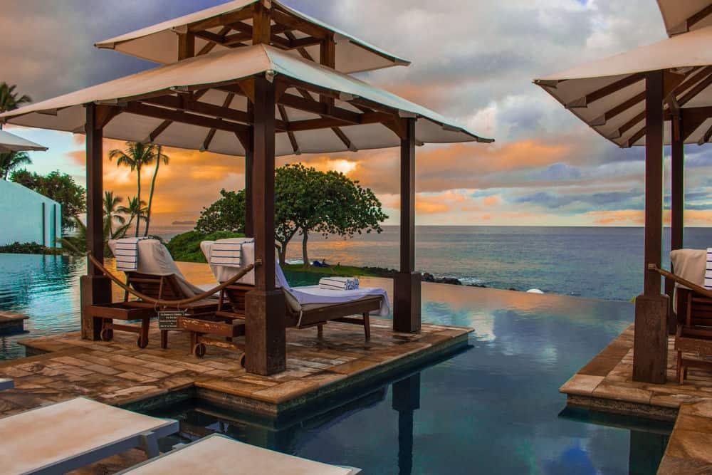 50 Swimming Pool House, Cabana and Pergola Ideas (Photos) on Small Pool Cabana Ideas id=84873