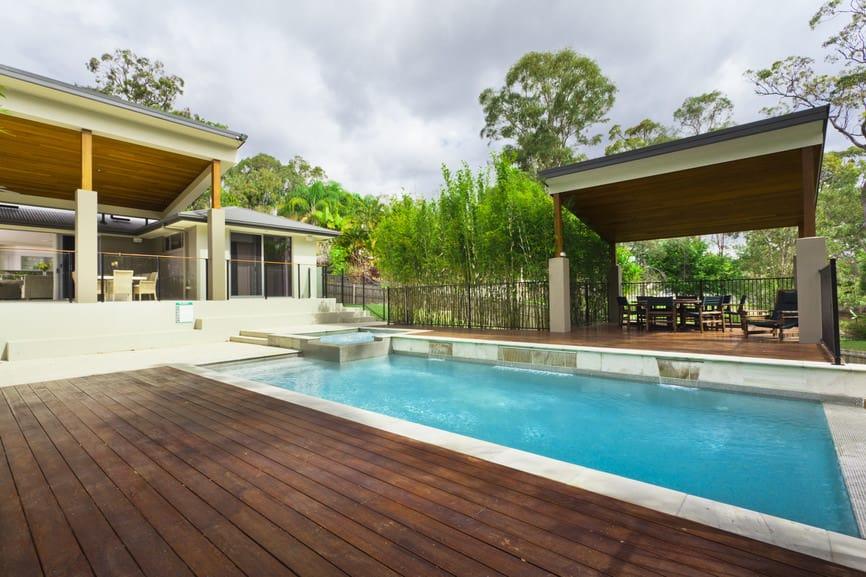 50 Swimming Pool House, Cabana and Pergola Ideas (Photos) on Small Pool Cabana Ideas id=92586
