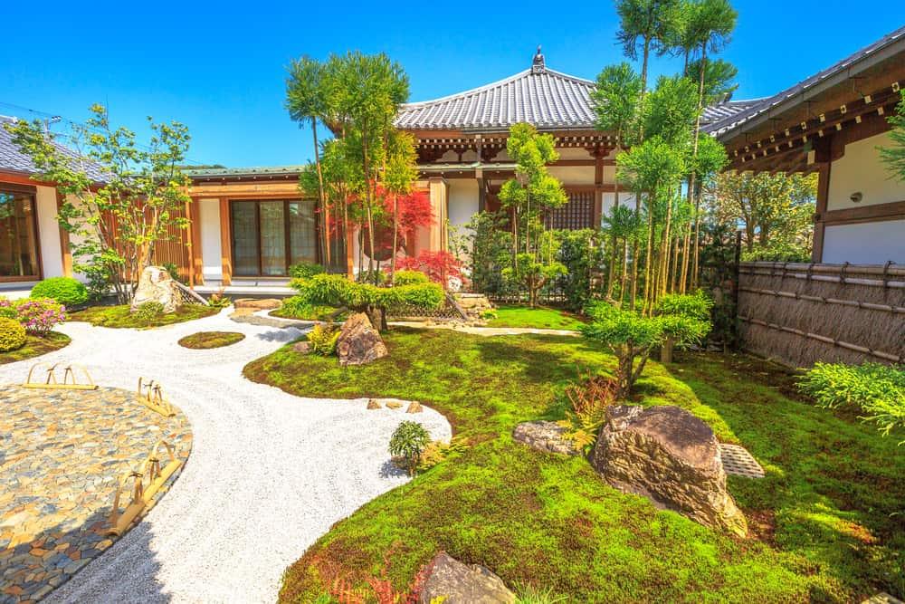 47 Backyard Zen Garden Ideas (Photos) on Zen Garden Backyard Ideas id=99414