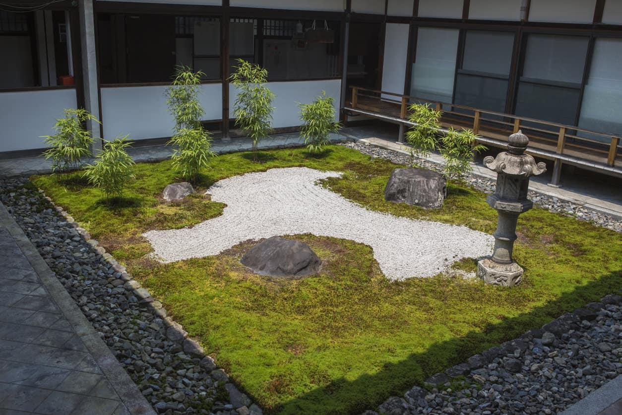 47 Backyard Zen Garden Ideas (Photos) on Zen Garden Backyard Ideas id=27496