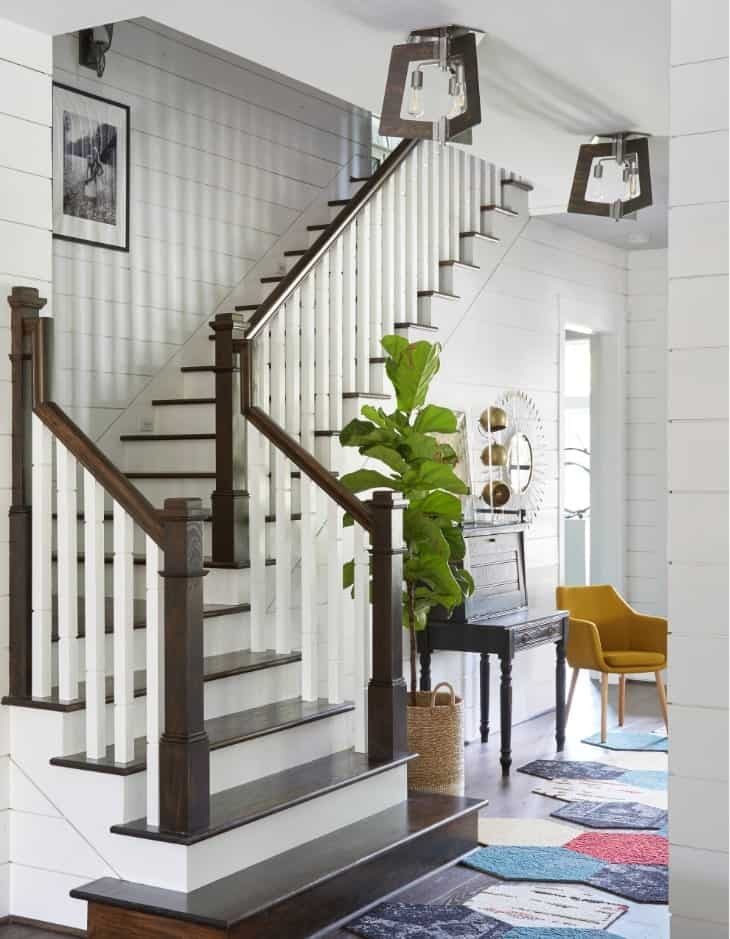 45 Half Turn Staircase Ideas Photos | Traditional Staircase Designs For Homes | Antique | Nice | Low Cost | Entryway | Wonderful