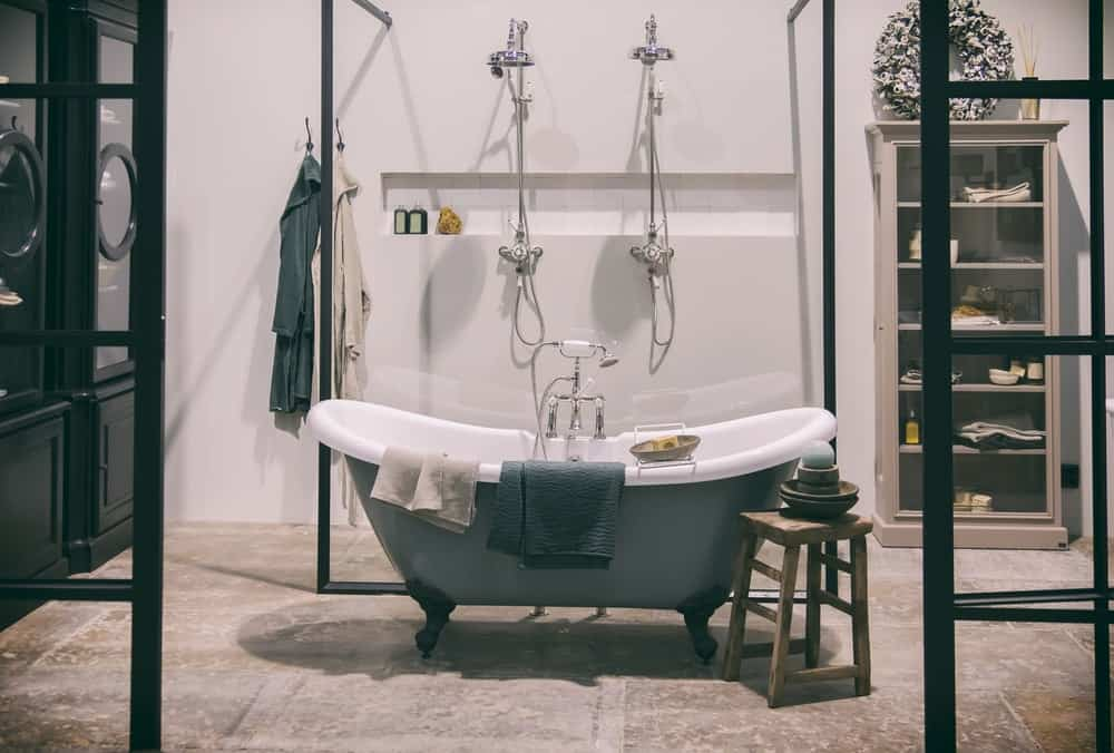 35 Bathroom Layout Ideas Floor Plans To Get The Most Out Of The Space
