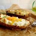 Patate americane al forno con l'uovo.jpg