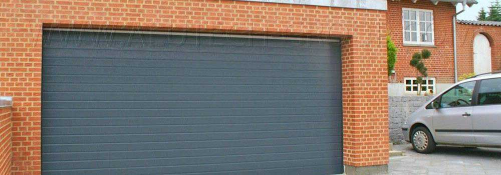 Some Unique Concepts of Garage Painting That Worth Trying ... on Garage Door Paint Ideas  id=38887