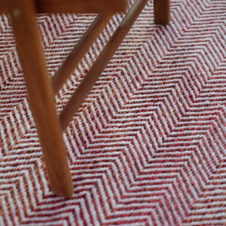 Kilim Ziq com textura tipo esquema de peixe