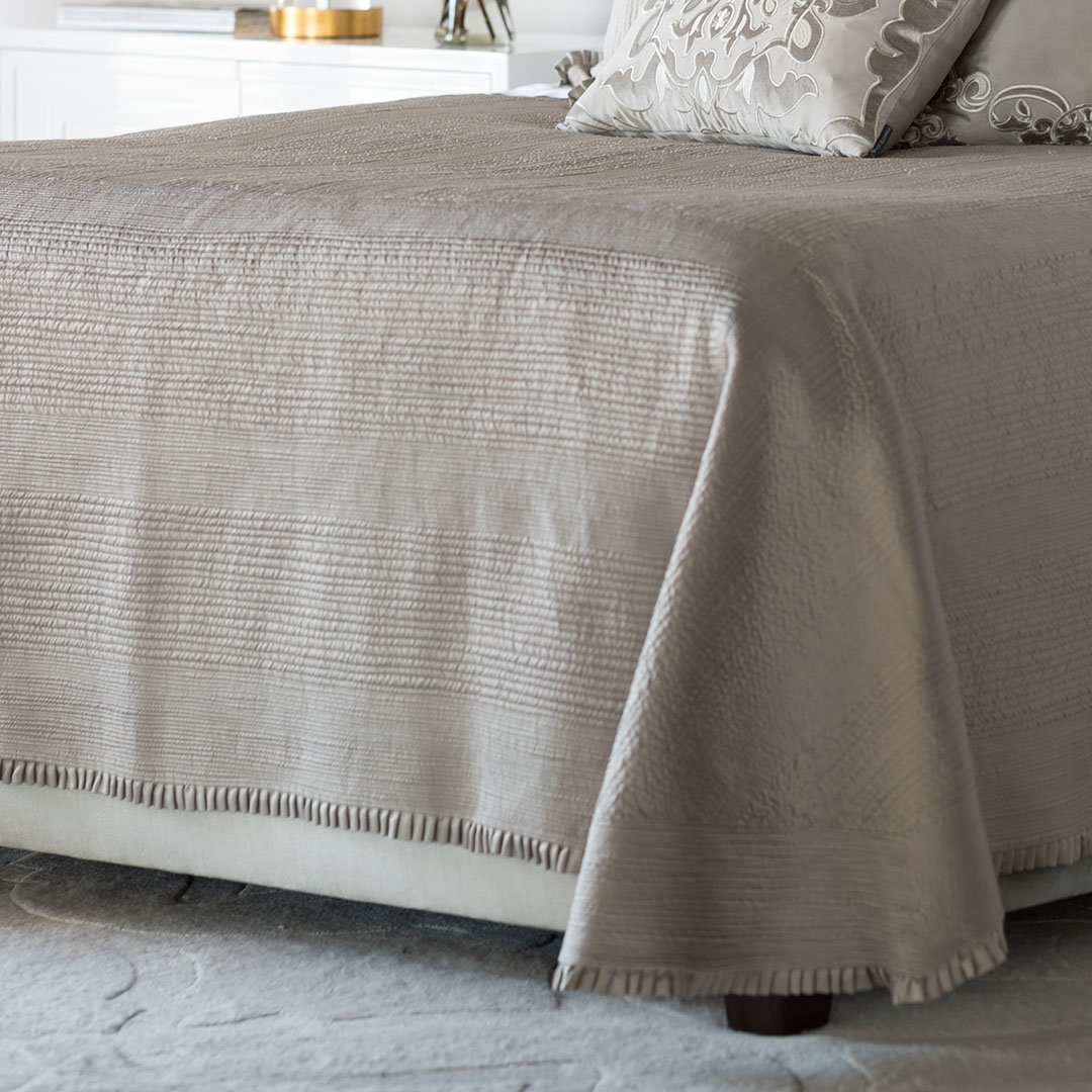 battersea king bedspread taupe s s 118x118