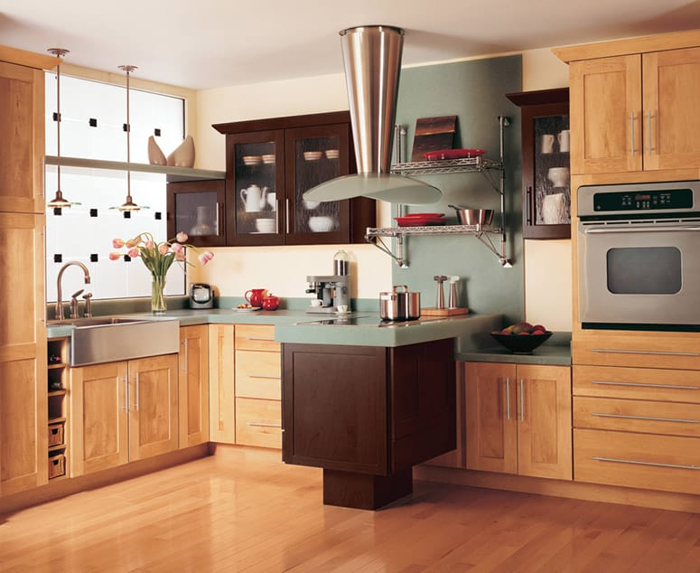 Kitchen Cabinets Buying Guide | HomeTips on Dark Maple Cabinets  id=93911