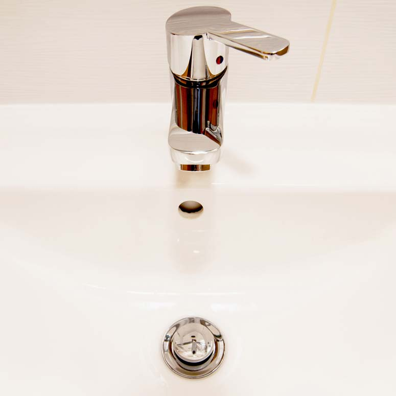 How To Fix A Bathtub Or Sink Pop Up Stopper