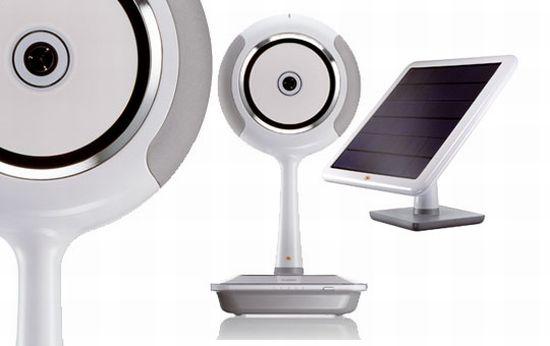 Solar powered CD/MP3 player