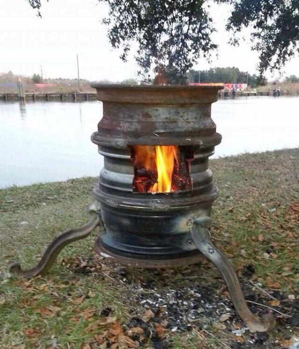 Steel rim fire pit