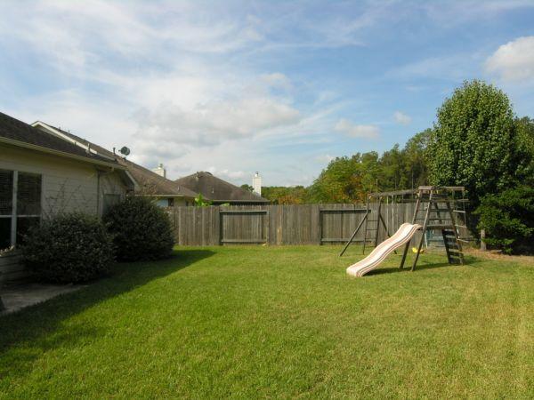 backyard appear larger (4)