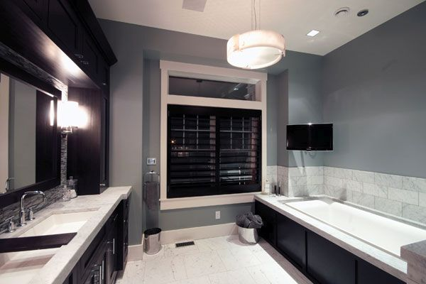 Painting The Bathroom Is Very Typical. You Need To Be Sure Of The Type Of  Paint To Use. Preferably Go For Oil Based, Gloss Finish Paint Since Itis  Believed ...