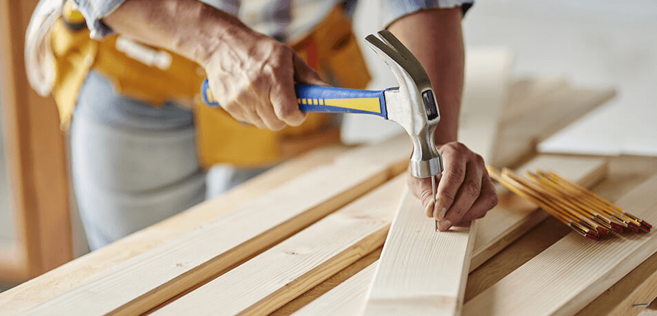 What is the difference between framing and claw hammer