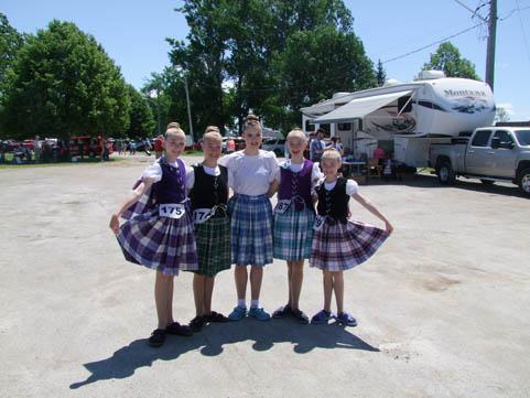 Dancers1-highland