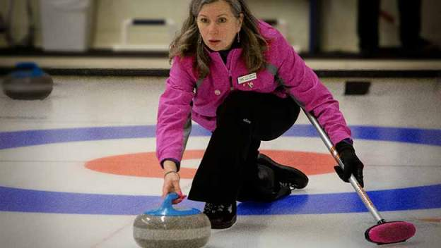 Perth's Donna Hurtubise curling.