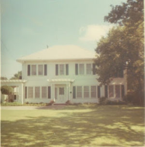 Meadowbrook-House0003