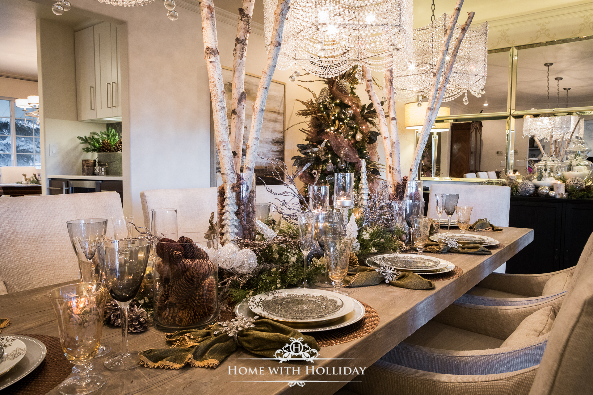 Winter Glam Christmas Dining Room Table Setting