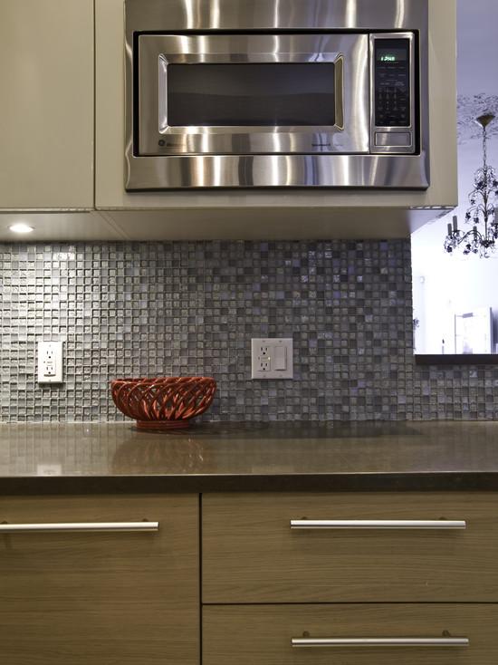Shell Mosaic Tiles Black Amp White Mother Of Pearl Tile