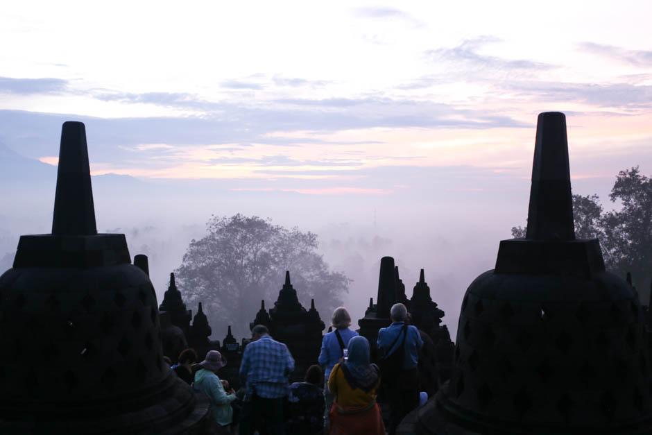 { インドネシア・ジョグジャカルタ } The Borobudur Temple (ボロブドゥール遺跡)