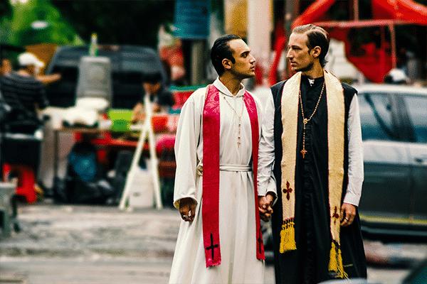 sacerdotes-gays-3