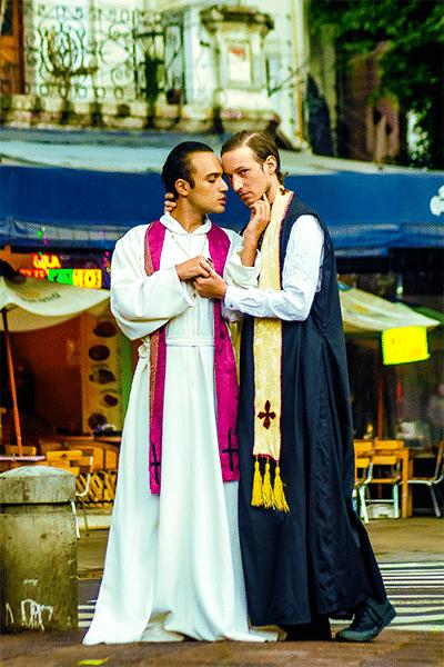 sacerdotes-gays-4