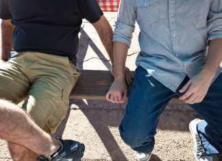 tácticas discretas ligue gay portada