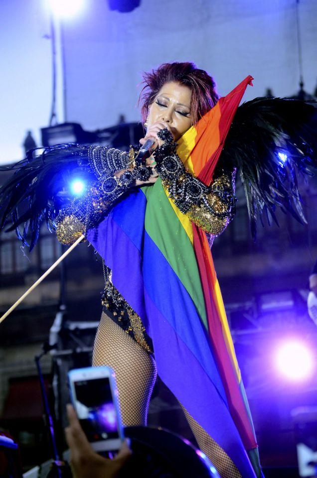 alejandra-guzmán-íconos-LGBT+-heterosexuales