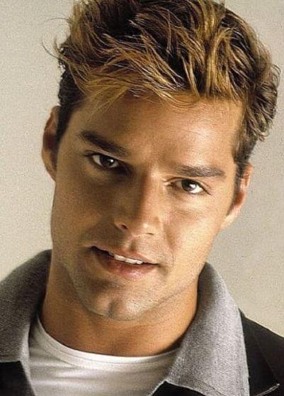 Ricky-Martin-looks-6-1