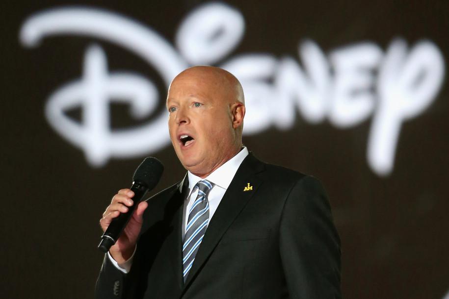 Disney fue acusado de 'promover la ideología LGBT' en películas de Star Wars y Marvel. Pero la respuesta de su CEO ha sido contundente.