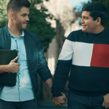 banda-renovación-video-amor-gay-suele-pasar