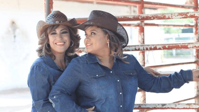 parejas-lesbicas-muestran-hermosa-diversidad